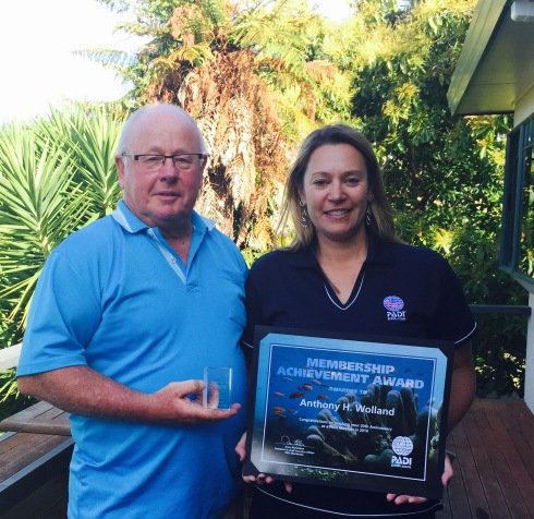 Tony Wolland celebrating 20 years of PADI membership