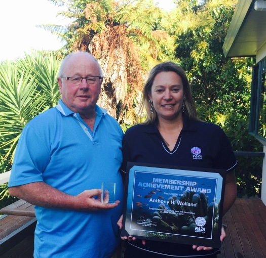 Tony Wolland celebrating 20 years of PADI membership